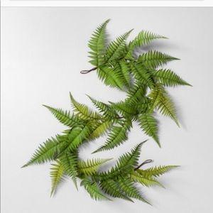 Hearth & Hand Accents - Bundle of Hearth & Hand Faux Fern Garland & Wreath